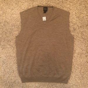 Jos. A. Bank tan wool sweater vest size XL